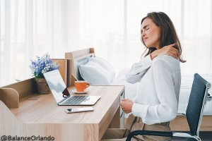 Pain-Massage-Therapist-Office-Woman-at-Work-Shoulder-Back-Pain